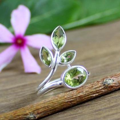 Peridot Gemstone Ring, 925 Sterling..