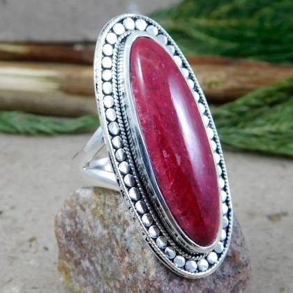 Long oval cabochon Ruby Ring Tradit..