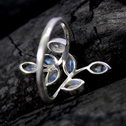 Delicate Faceted Moonstone Ring,925..