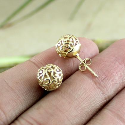 Filigree ball earring, ball stud ea..