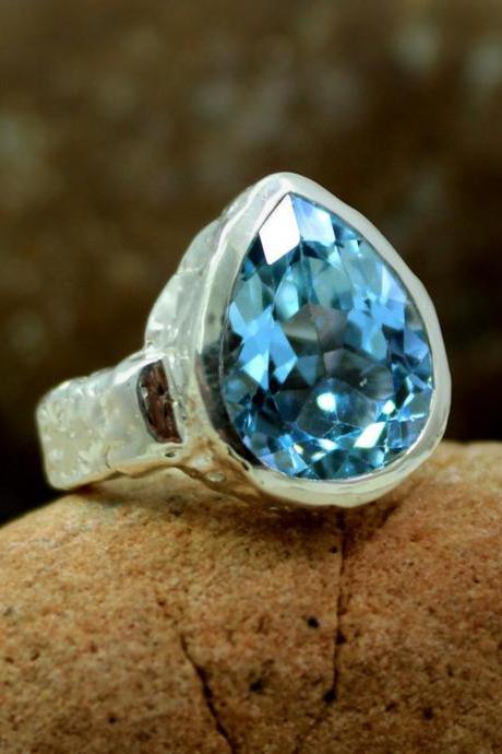 Magnificent Solitaire Swiss Blue Topaz Ring,Green Amethyst Ring,Textured 925 Silver Jewelry,Men's Ring,Anniversary Present,Bold Party Ring
