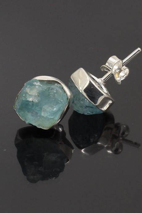 Amazing Aquamarine Stud Post Earring,Solid 925 Sterling Silver Jewelry,Daughter's Birthday Gift,Healing Rough Aquamarine Earring Just for Me.